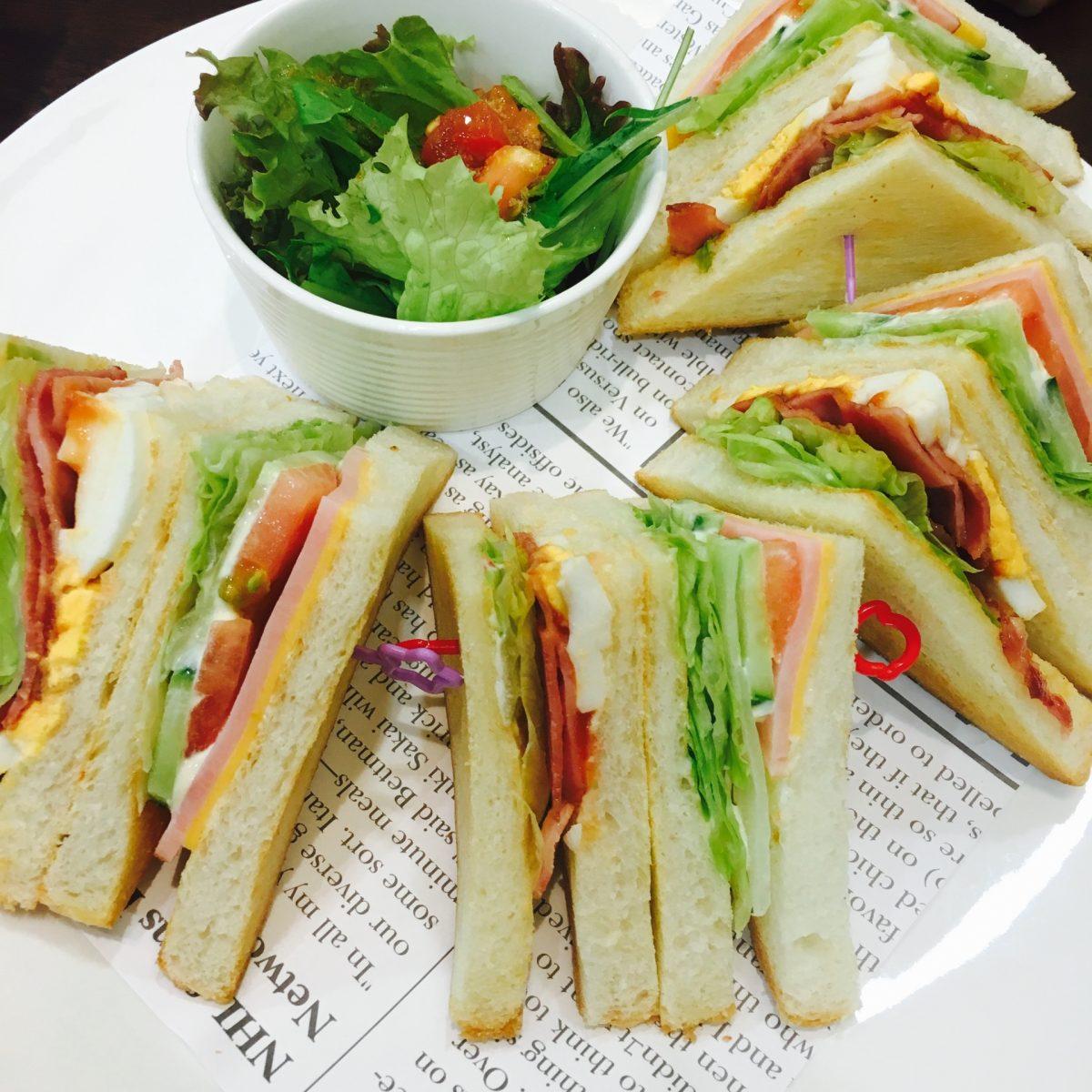 サンドイッチ vs    Sandwich